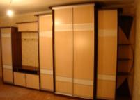 Шкаф в прихожую кремовый - 11